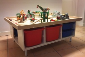 How A Wooden Train Table Can Benefit Your Child's Play Area